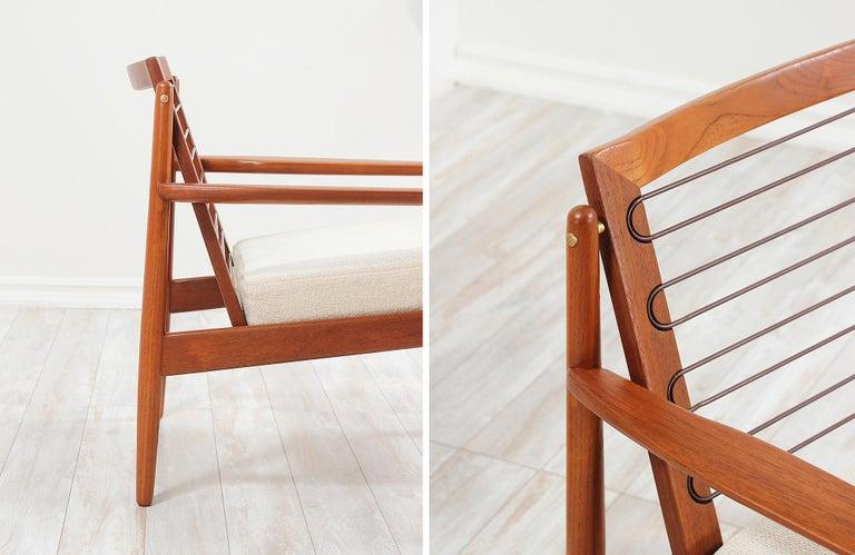 Danish Modern Lounge Chairs by Svend Åge Eriksen For Sale 9