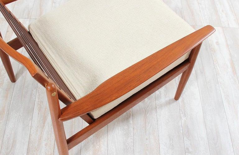 Danish Modern Lounge Chairs by Svend Åge Eriksen For Sale 3