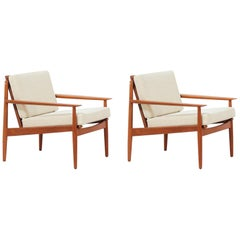 Danish Modern Lounge Chairs by Svend Åge Eriksen