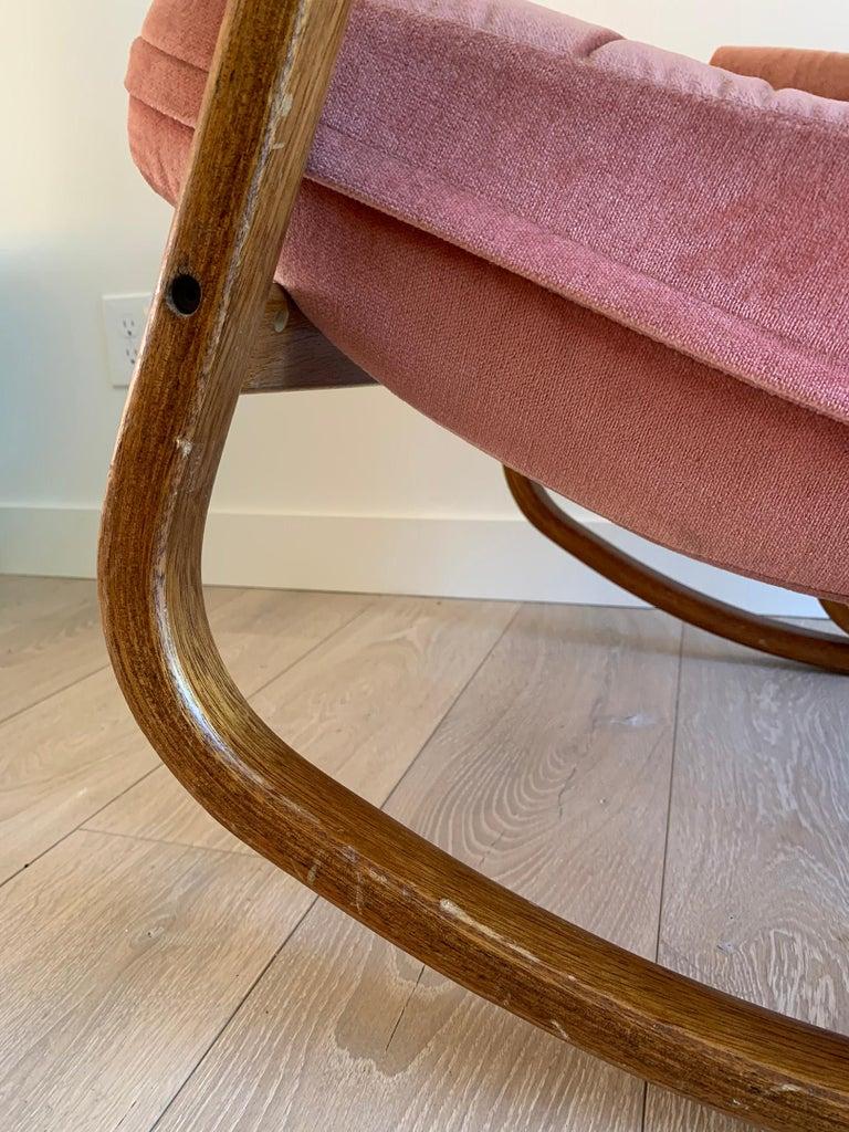 Mid-20th Century Danish Modern Midcentury Bentwood Rocking Chair in Pink Velvet For Sale