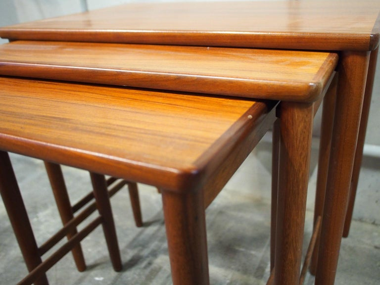 Mid-Century Modern Danish Modern Nesting Table, Side Table, Vintage, Opal