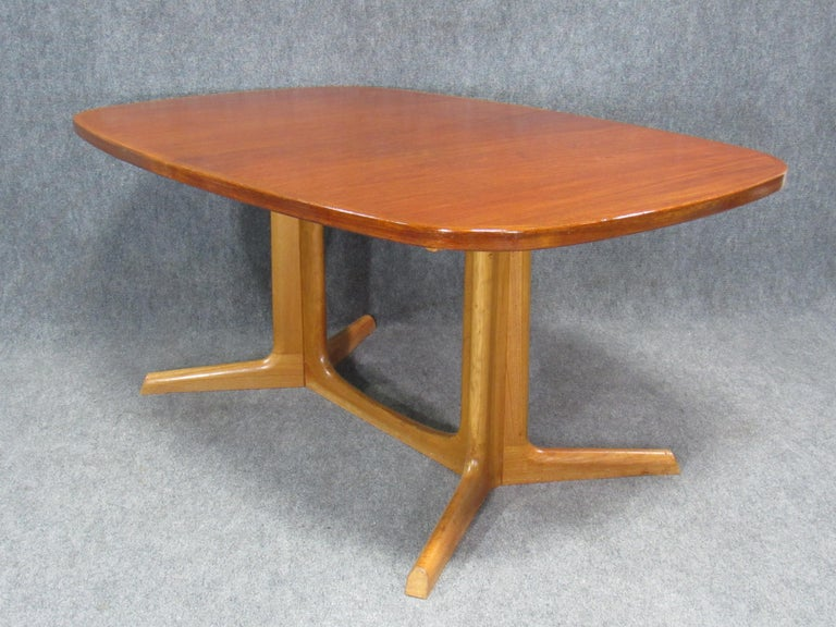 Danish Modern Niels Otto Møller for Gudme Teak Extension Trestle Dining Table For Sale 10