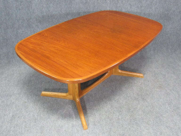 Danish Modern Niels Otto Møller for Gudme Teak Extension Trestle Dining Table For Sale 3