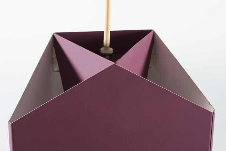 Vintage Seks-Tre-pendel/ceiling lamp made of metal with purple lacquer. 