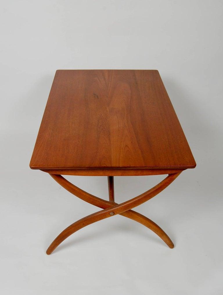 Solid teak adjustable coffee table 23