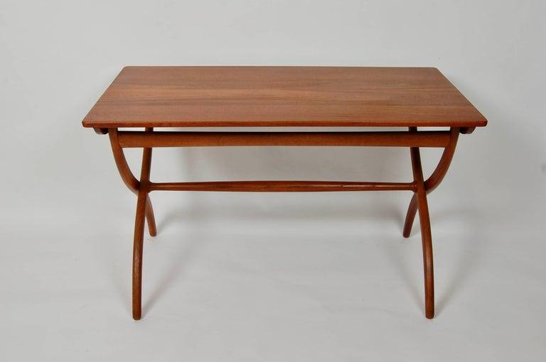 Scandinavian Modern Danish Modern Ole Wanscher Adjustable Coffee / Dinette Table For Sale