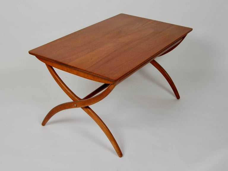 Mid-20th Century Danish Modern Ole Wanscher Adjustable Coffee / Dinette Table For Sale