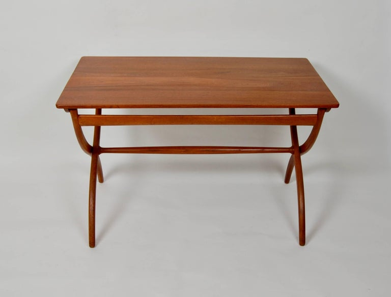 Danish Modern Ole Wanscher Adjustable Coffee / Dinette Table For Sale 1
