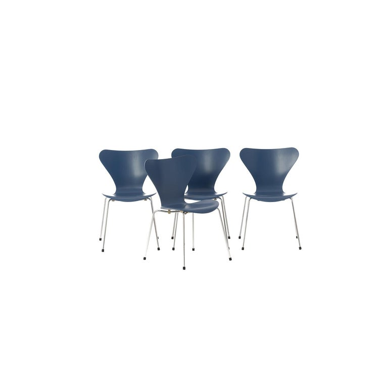 Bentwood Danish Modern Original Series 7 Chairs by Arne Jacobsen, Set of 4 For Sale