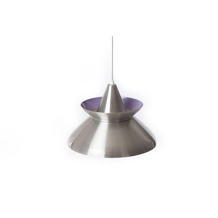 This adorable aluminium pendant includes lavender powder-coated detailing on bottom and upper tiers.