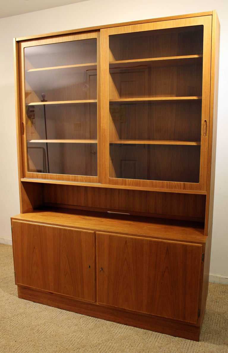 Offered Is A Piece Of Time And Design Teak China Cabinet Designed By Poul