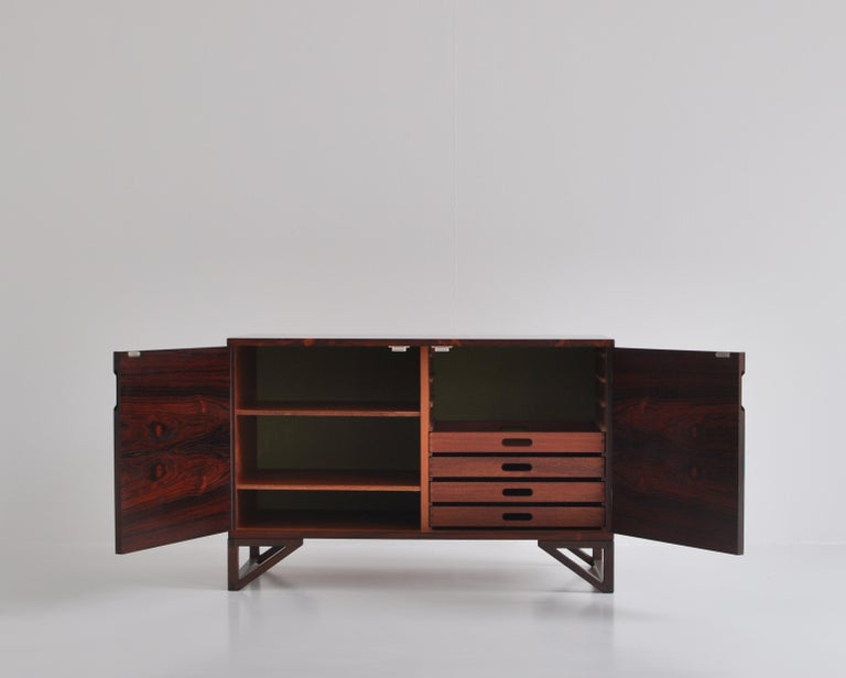 Danish Modern Rosewood Cabinet / Sideboard by Svend Langkilde for Illums, 1960s 2
