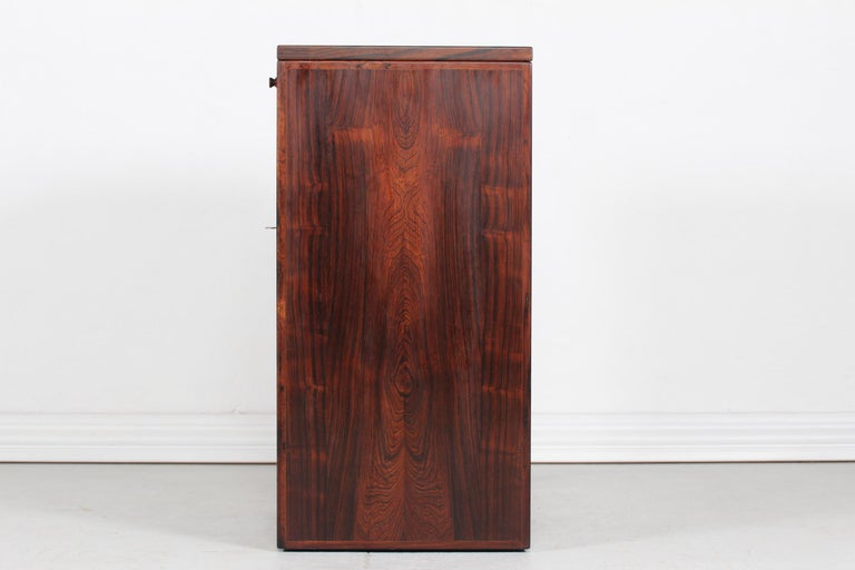 Danish Modern Rosewood Captains Bar by Reno Wahl Iversen Made by Dyrlund, 1970s In Good Condition For Sale In Aarhus C, DK