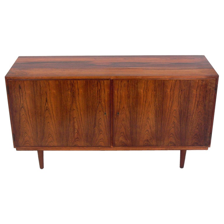 Danish Modern Rosewood Credenza by Poul Hundevad For Sale