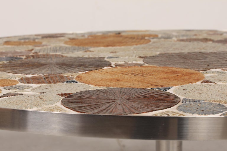 Danish Modern Round Coffee Table with Metal Base and Tiles by Tue Poulsen, 1960s In Good Condition For Sale In Aarhus C, DK