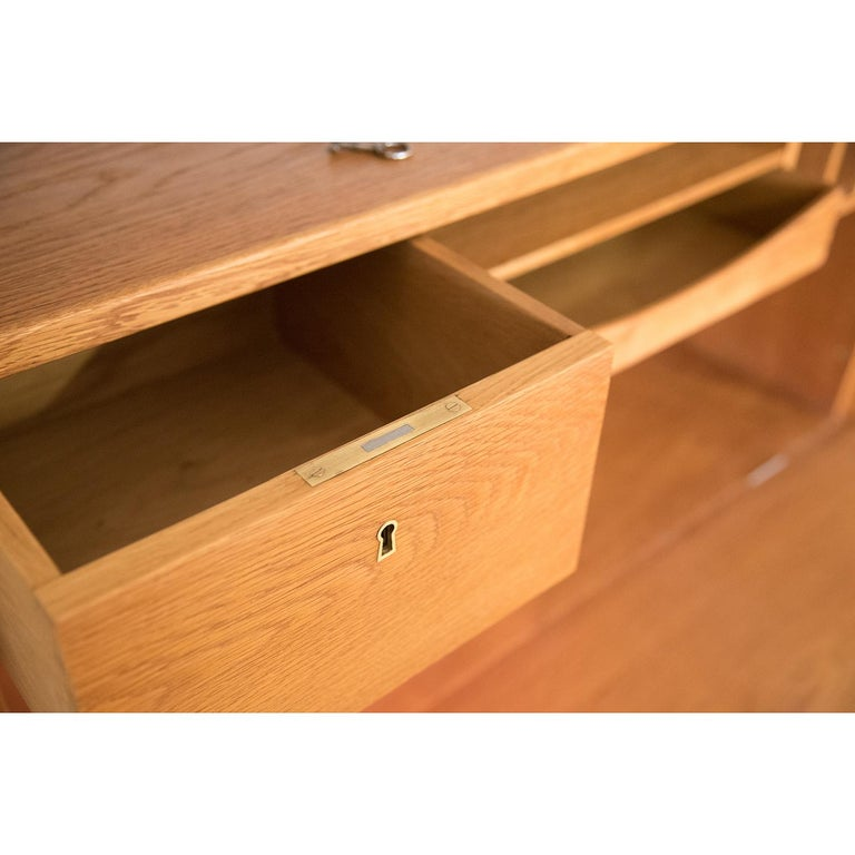 Danish Modern RY100 Murphy Bed, Desk & Shelving System by Hans J Wegner for Ry For Sale 9
