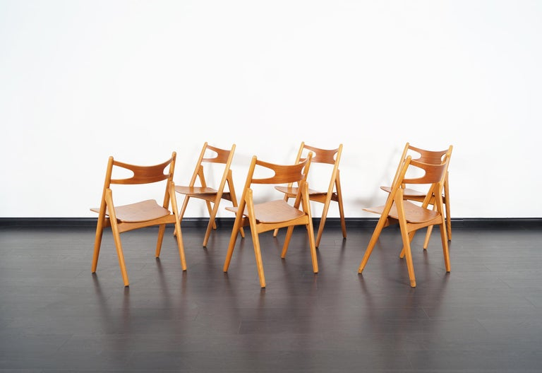 Danish Modern 'Sawbuck' CH-29 Dining Chairs by Hans J. Wegner For Sale 6