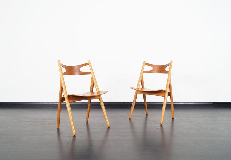 Danish Modern 'Sawbuck' CH-29 Dining Chairs by Hans J. Wegner For Sale 7