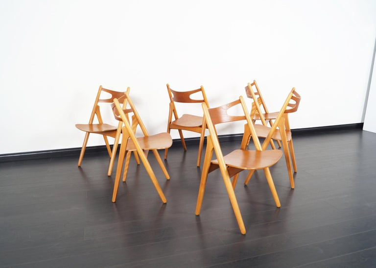 Danish Modern 'Sawbuck' CH-29 Dining Chairs by Hans J. Wegner In Excellent Condition For Sale In Burbank, CA