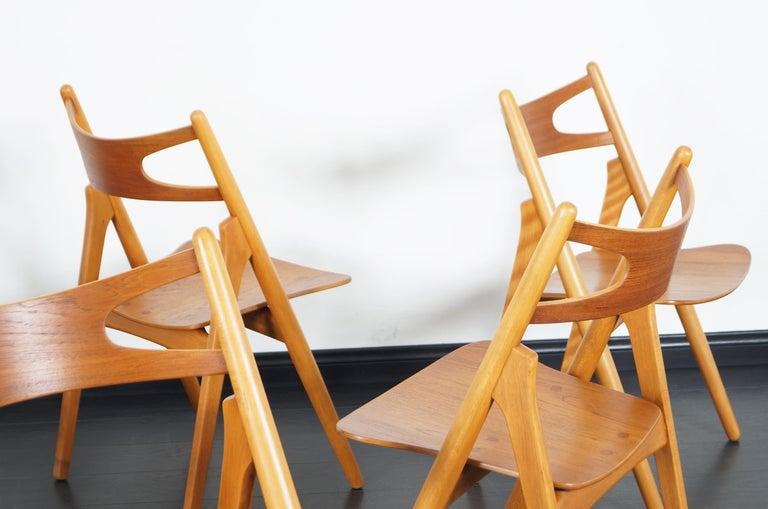 Danish Modern 'Sawbuck' CH-29 Dining Chairs by Hans J. Wegner For Sale 1