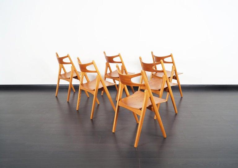 Danish Modern 'Sawbuck' CH-29 Dining Chairs by Hans J. Wegner For Sale 3