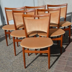 Danish Modern Set of 6 Teak SW68 Dining Chairs by Finn Juhl for Soren Willadsen