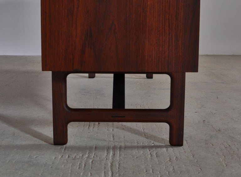 Danish Modern Sideboard in Teakwood by Ejner Larsen & Aksel Bender Madsen, 1950s For Sale 5