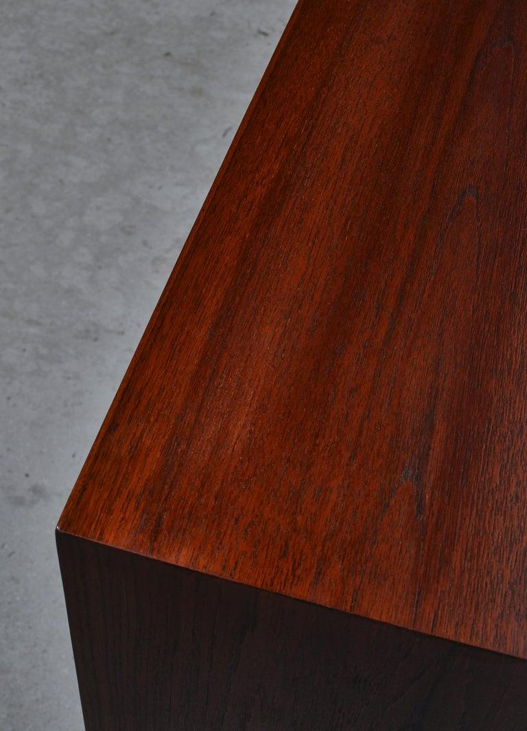 Danish Modern Sideboard in Teakwood by Ejner Larsen & Aksel Bender Madsen, 1950s For Sale 3