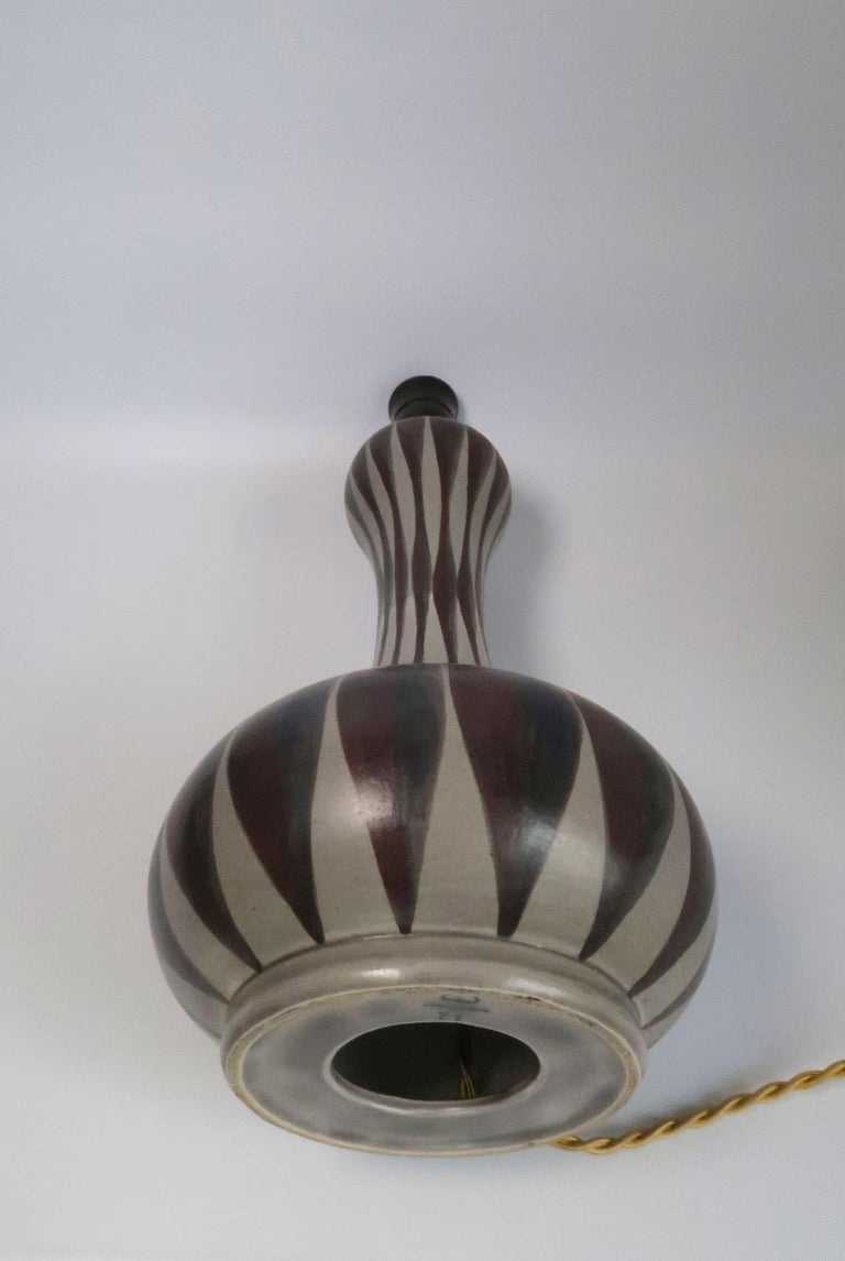 Glazed Danish Modern Striped Ceramic Hourglass Table Lamp, E & J Andersen, 1960s For Sale