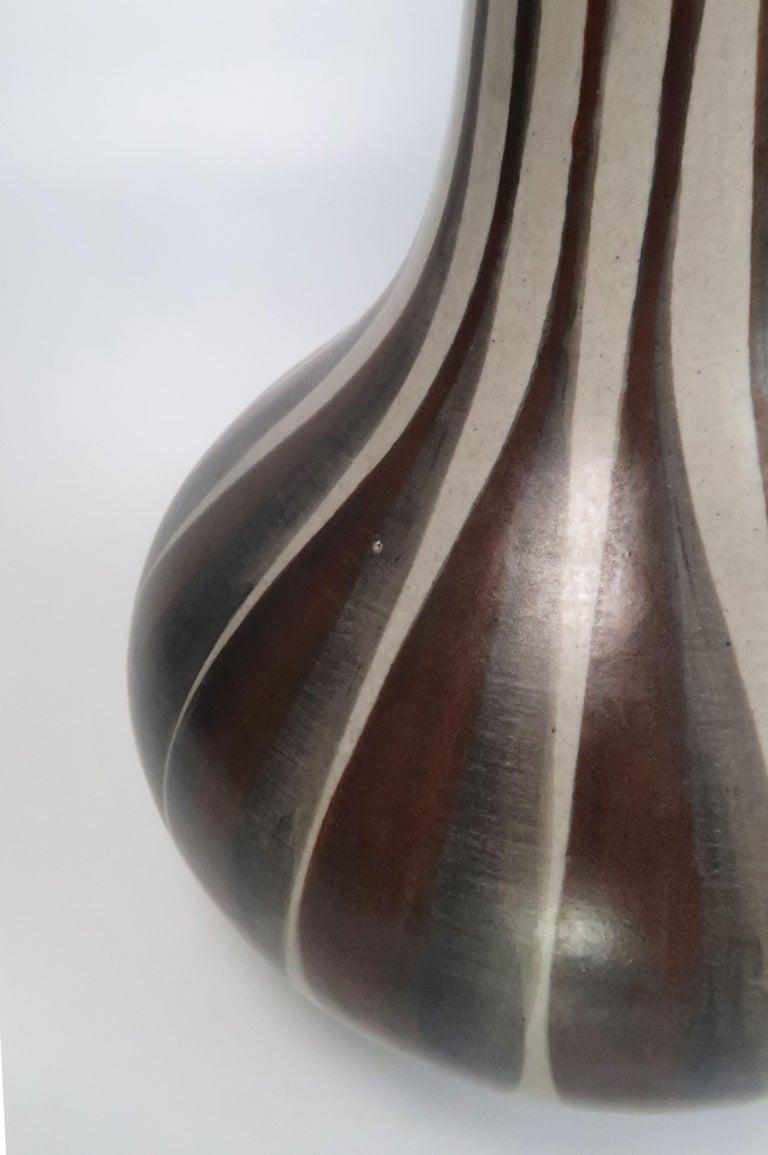 Danish Modern Striped Ceramic Hourglass Table Lamp, E & J Andersen, 1960s In Good Condition For Sale In Frederiksberg, DK