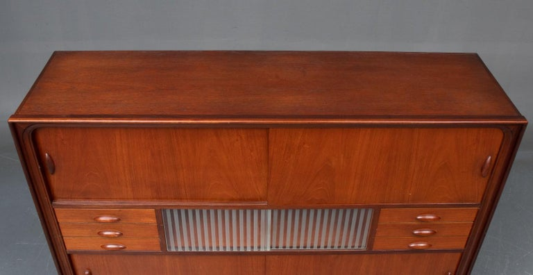 Mid-Century Modern Danish Modern Tall Midcentury Teak Sideboard or Credenza in Teak and Oak For Sale