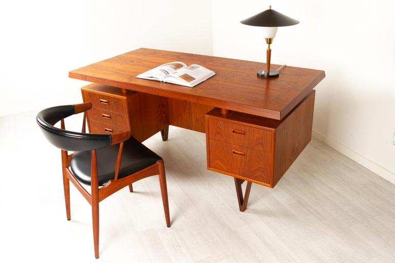 Danish Modern Teak Armchair by Johannes Andersen for Brdr. Andersen, 1960s For Sale 10