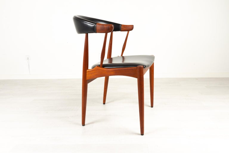 Danish Modern Teak Armchair by Johannes Andersen for Brdr. Andersen, 1960s In Good Condition For Sale In Nibe, Nordjylland