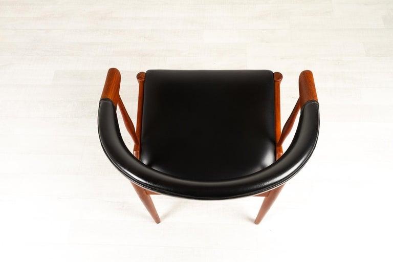 Danish Modern Teak Armchair by Johannes Andersen for Brdr. Andersen, 1960s For Sale 2