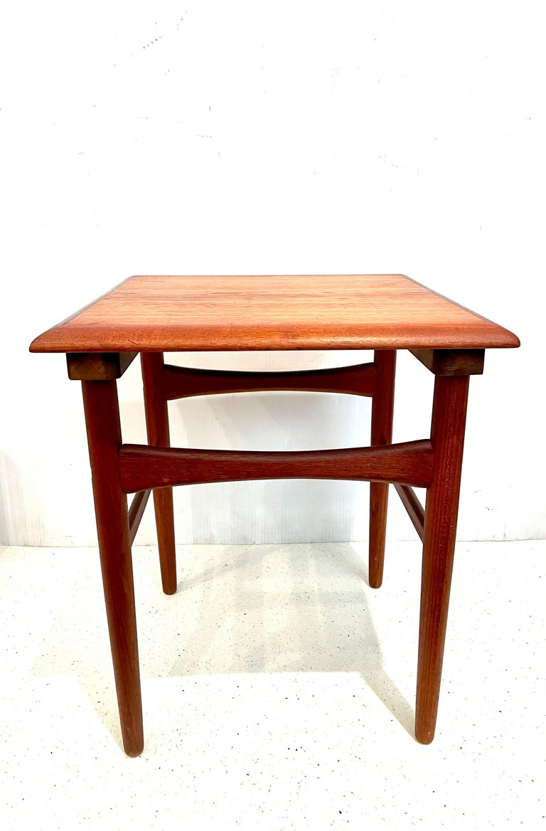 Danish Modern Teak Cocktail End Table For Sale 1