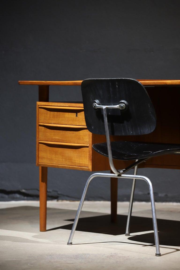 Danish Modern Teak Desk by Peter Lovig Nielsen 8