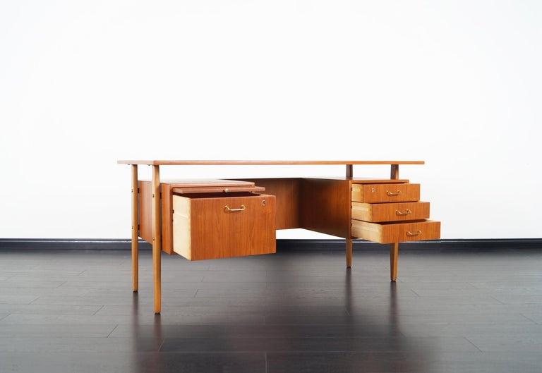 Mid-Century Modern Danish Modern Teak Desk by Torben Standgaard For Sale