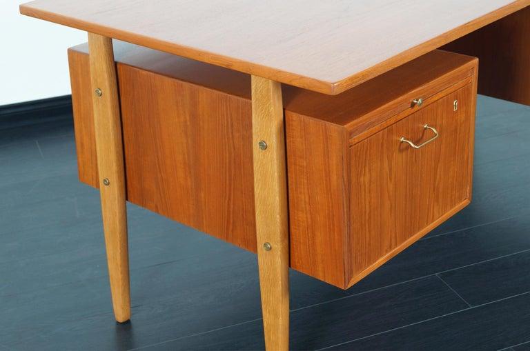 Danish Modern Teak Desk by Torben Standgaard For Sale 2