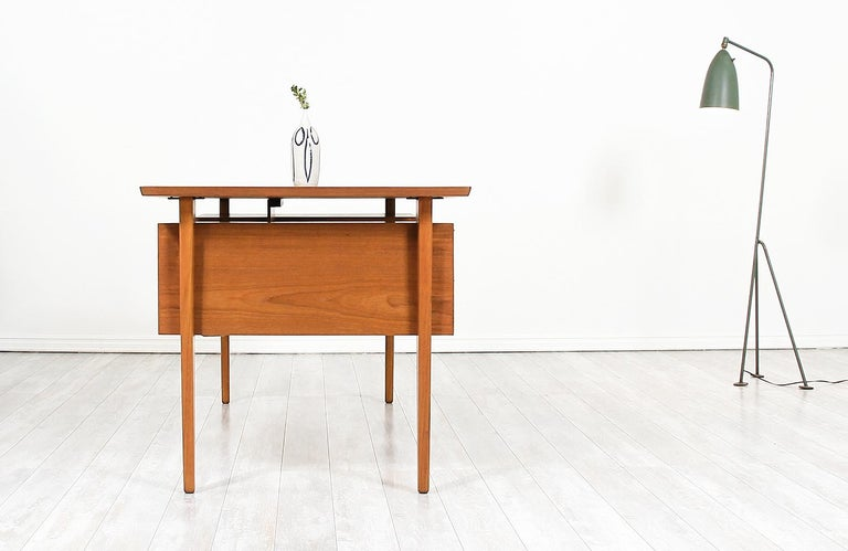 Danish Modern Teak Desk with Bookshelf In Excellent Condition For Sale In Los Angeles, CA