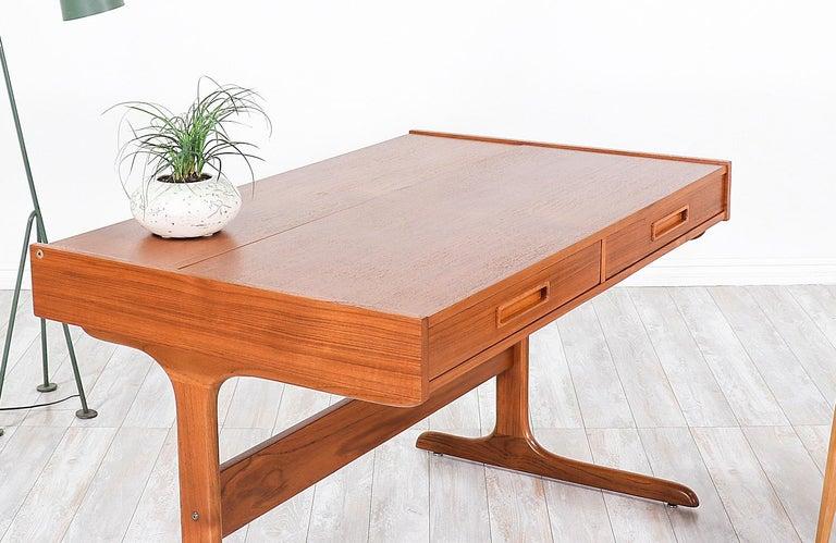 Danish Modern Teak Desk with Pop Up Tray For Sale 6