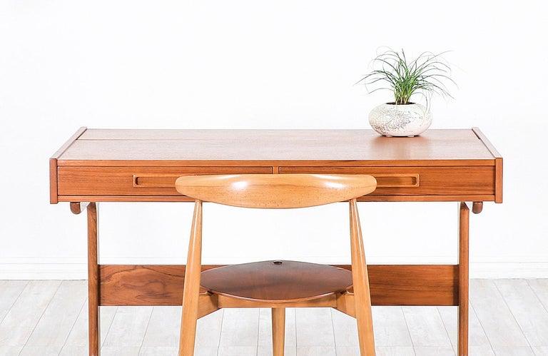 Danish Modern Teak Desk with Pop Up Tray For Sale 1