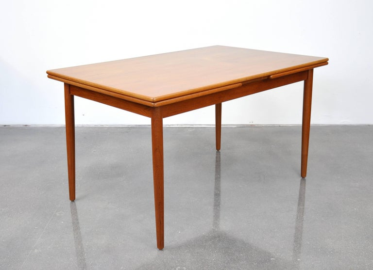 Danish Modern Teak Dining Set with Four Moller Model #78 Chairs 9