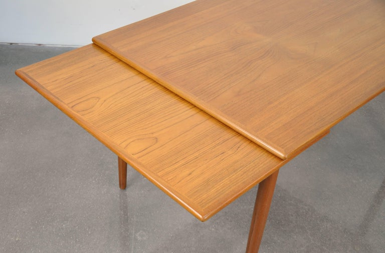 Danish Modern Teak Dining Set with Four Moller Model #78 Chairs 11