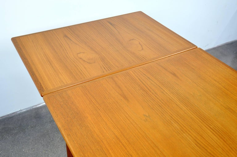 Danish Modern Teak Dining Set with Four Moller Model #78 Chairs 13