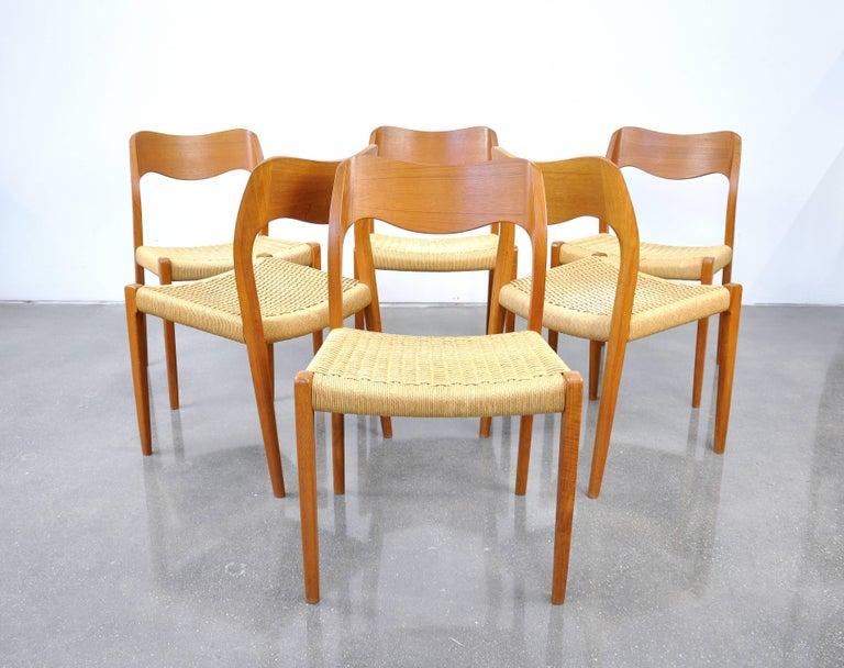 Scandinavian Modern Danish Modern Teak Dining Set with Six Moller Model #71 Chairs