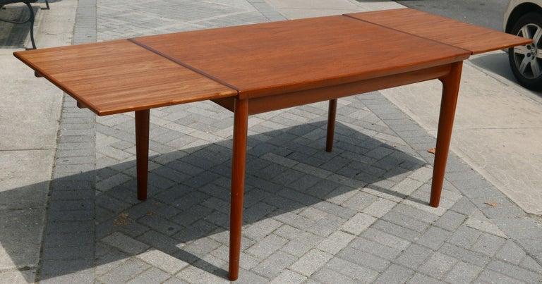 Danish Modern Teak Dining Table by Henning Kjaernulf In Good Condition For Sale In Kilmarnock, VA