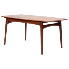 Danish Modern Teak Dining Table with Two Extension Leaves