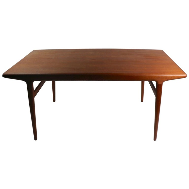 Danish Modern Teak Dinning Table By Johannes Andersen For Sale At