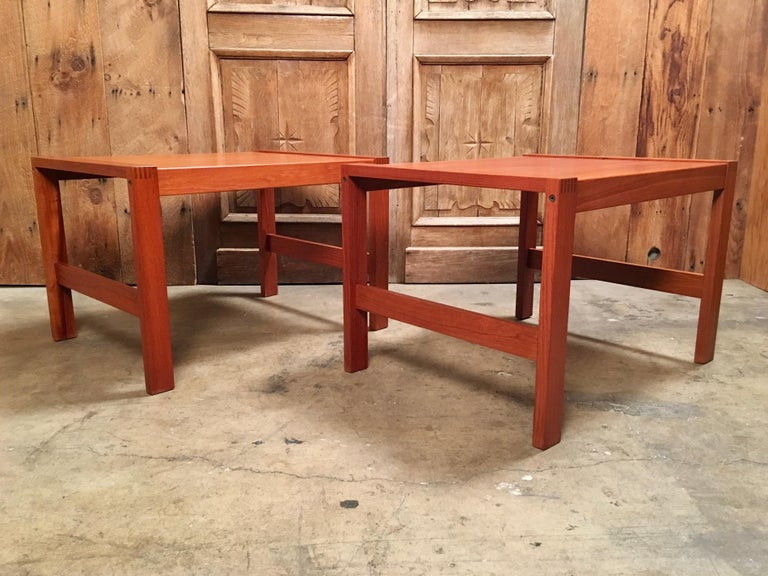 Vintage pair of teak handcrafted end tables with box joint corners.