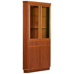 Danish Modern Teak Lighted Curio Display Corner Cabinet by Skovby, circa 1970s